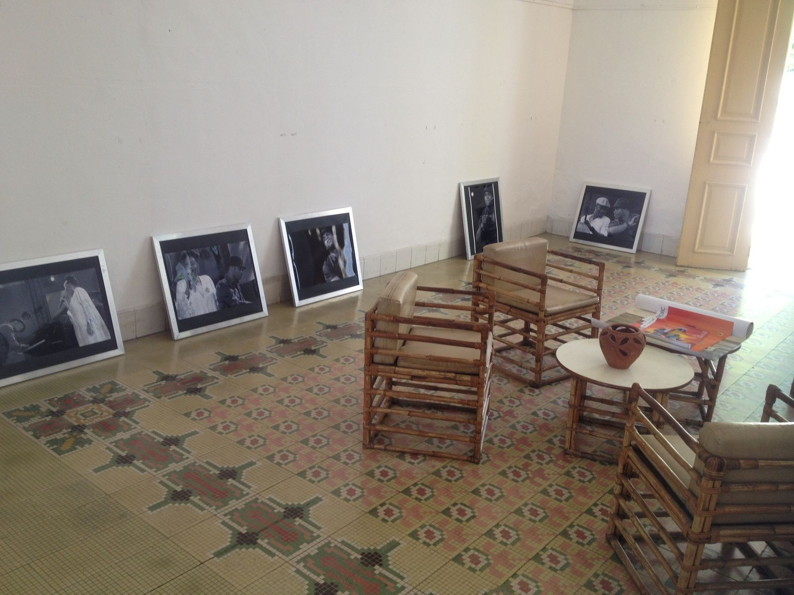 &quot&#x3B;Al ritmo de sus hombros...&quot&#x3B; Exhibición fotográfica, Santiago de Cuba, 2014.