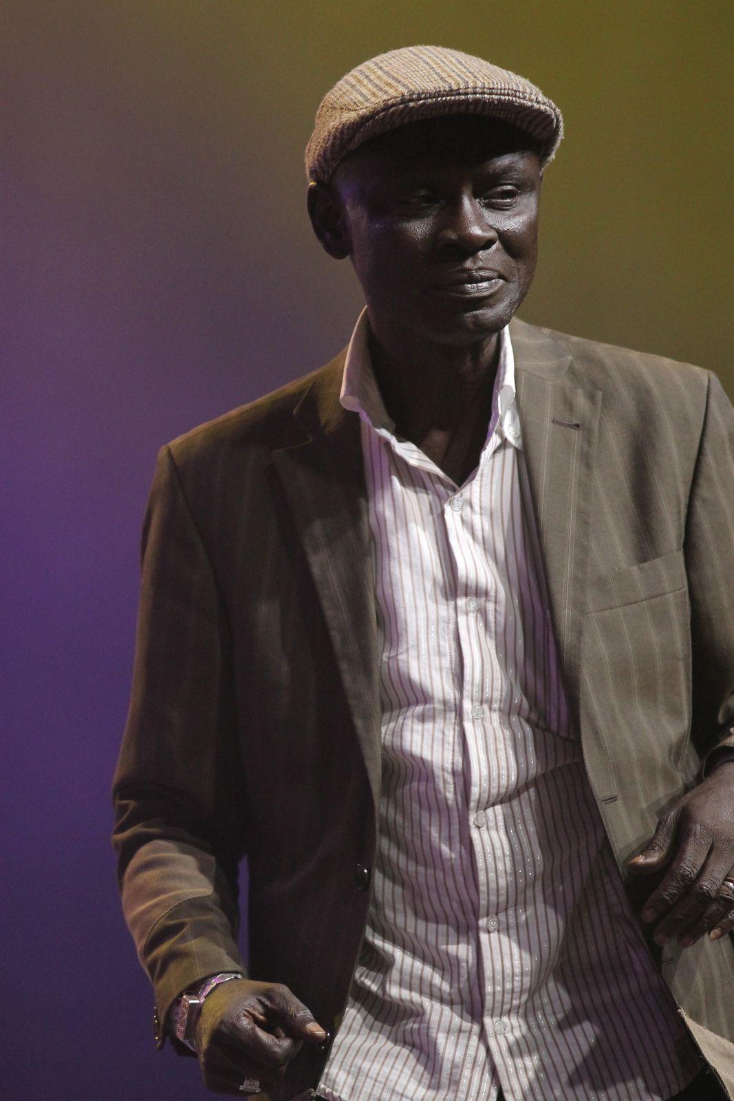 Africando, Tí&pica 73, Orchesta Broadway, Salsafon, Saboratrova, Louis-Philippe Dalembert…Instantes...