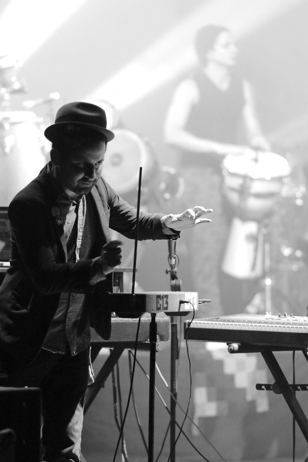 Calle 13, Multiviral tour, gira Europa 2015
