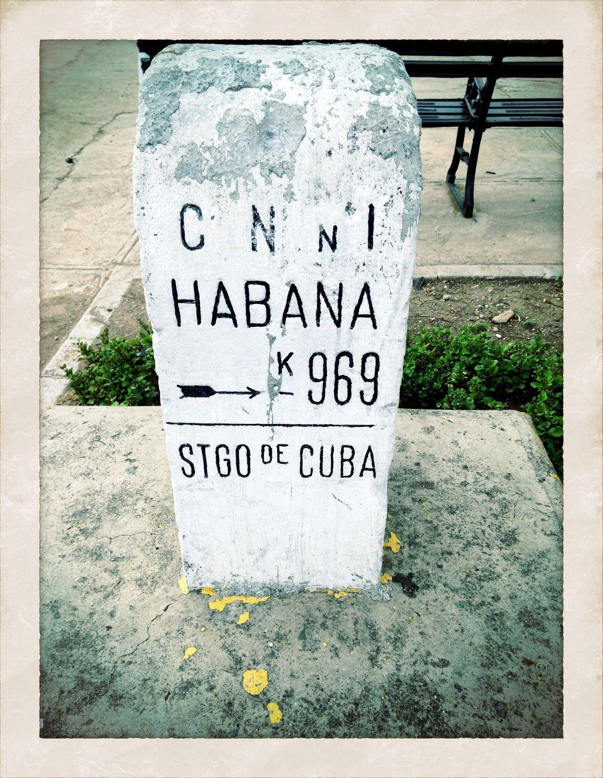Postales desde el móvil, La Habana, Santa Clara, Remedios, Santiago de Cuba, vuelta a la Habana