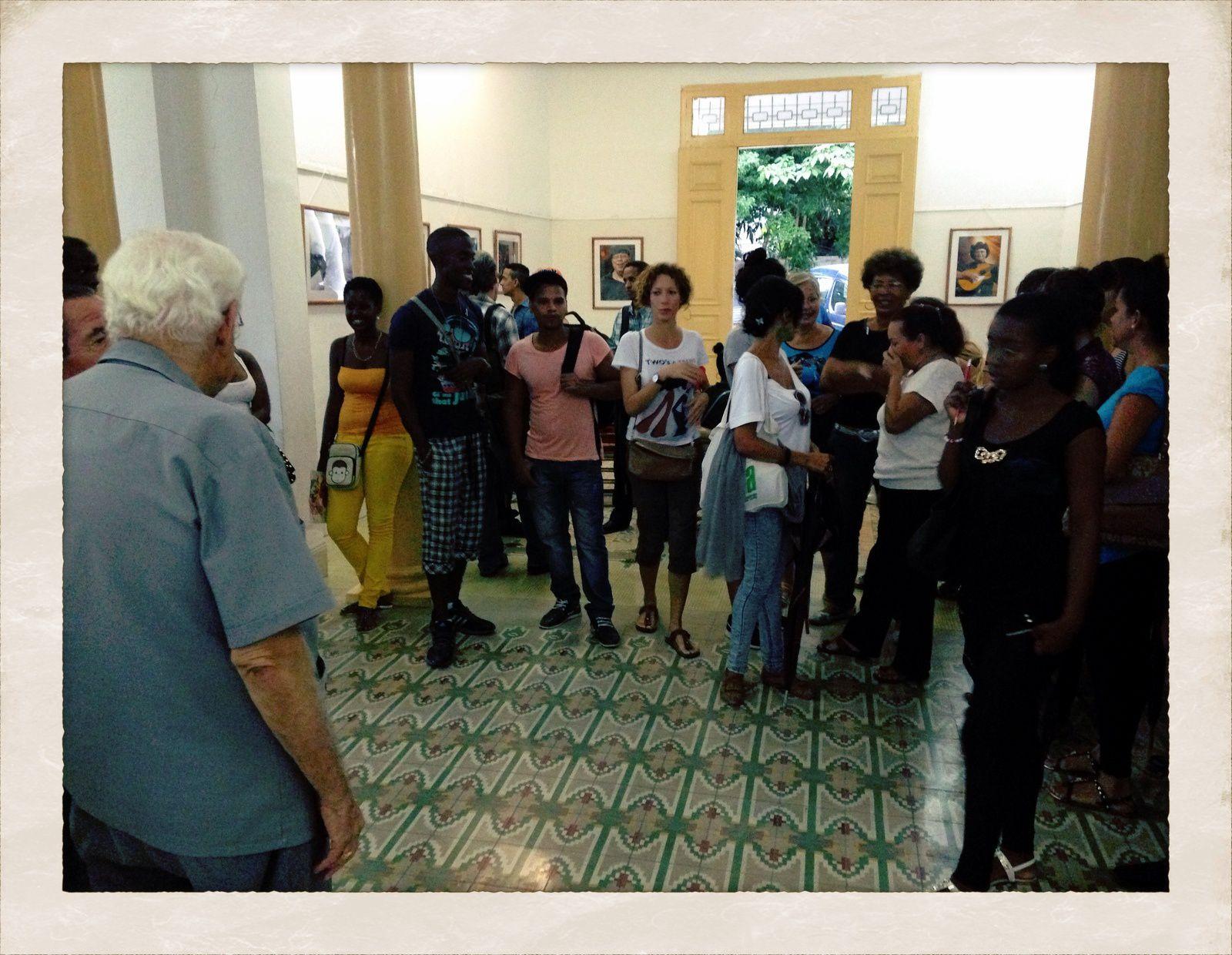 """Exhibición fotográfica """"instantes musicales para encontrarnos"""" Zona Caribe, después de Puerto Rico, Santiago de Cuba, sed de la Alianza francesa, 22 de noviembre día del músico."""