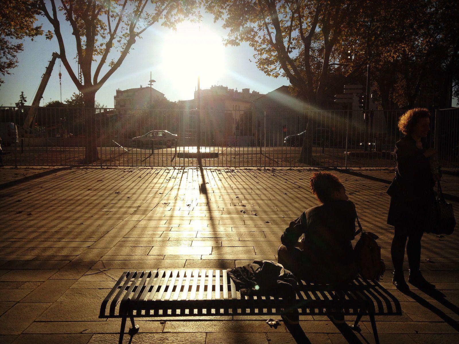 ), Cassis (France 2012), Mirajes-Mirages (Londres), Sin horizonte-Sans horizon(Barcelona), Saveur de l'enfance- con sabor a la infancia (Marseille, Fr)  Morceau de ville_ ciudad a llevarse (Toulouse, Fr), Habana trip (Cuba 2011), Le dernier métro - el último metro (Paris, 2012), En la Calle- dans la rue (Cuba, 2011), Monde souterrain- Mundo subterraneo (Bcn), Plantar sus pies como dos raíces- Planter ses pieds comme deux racines, Et les fleurs- Y las flores,  Postal de Girona, Le Nid- el nido, Trio (Paris, la Concorde), Pense-bête, Vole! Vuele! (Dune du Pyla, Fr) Otoño, Automne, Senso unico, Roma (Italia), Viñales (Cuba