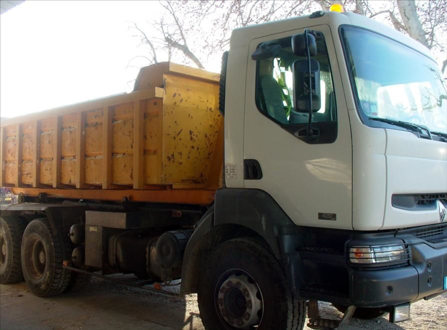 Camion KERAX 420 DCI 6x4 Empirolle
