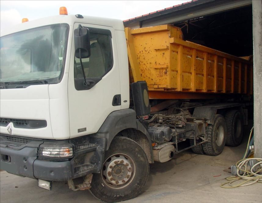 Camion Kerax 420DCI 6x4 Empirolle