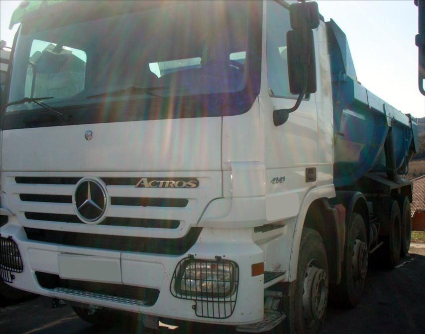 Camion Mercedes AXOR 41-41 8x4 AXOR