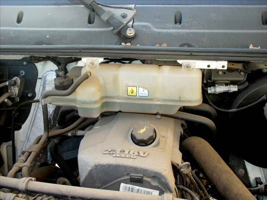 Camion VL IVECO 35-C12 HPI