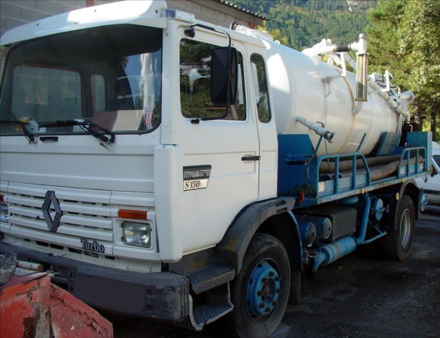Camion Hydrocureur Midliner S150