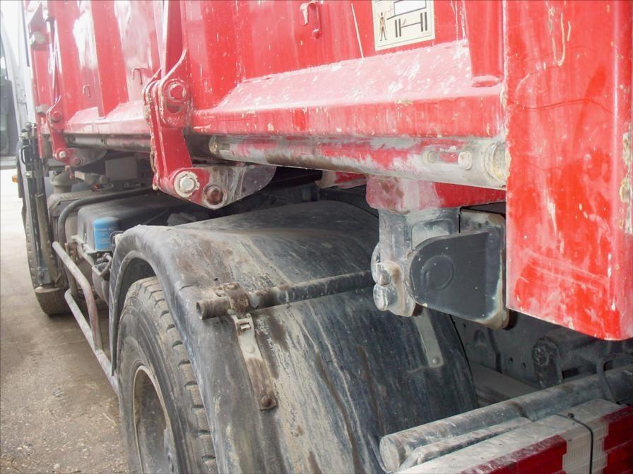Camion Mercedes 1829 BiBenne Grue