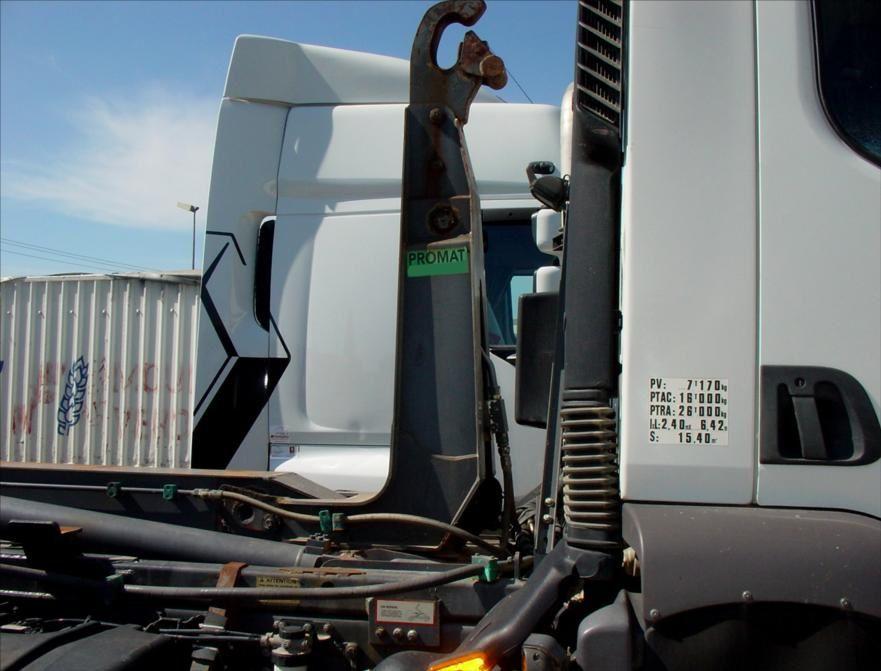 Camion MIDLINIUM 220 DCI Empirolle Ampiroll Ampliroll