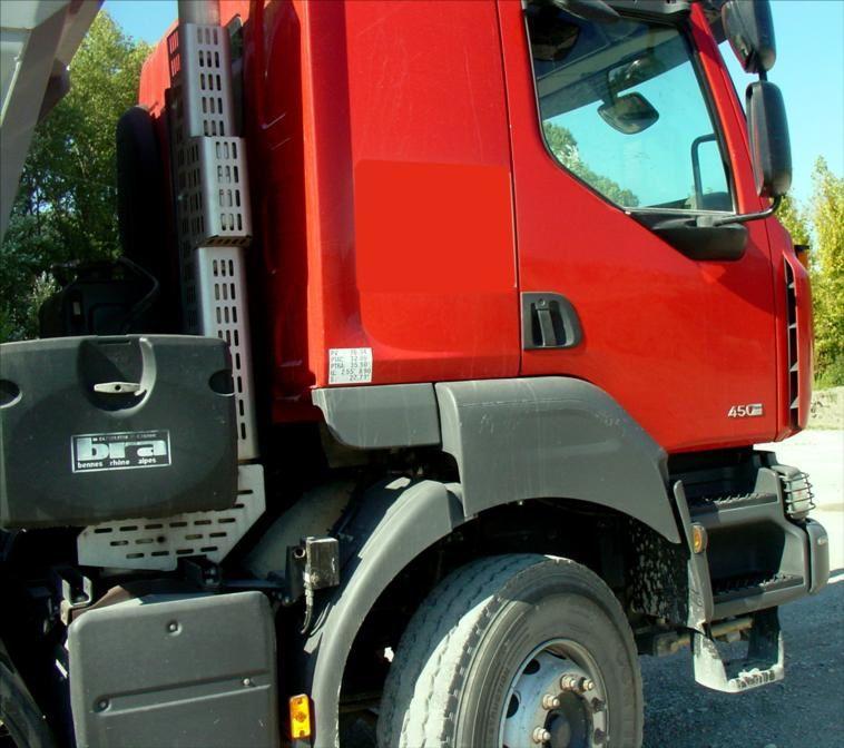 Camion Benne Enrochement Kerax 450 DXI 8x4