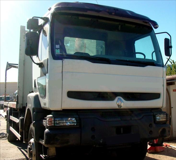 Camion KERAX 370 DCI 4x4 Plateau Grue FASSI