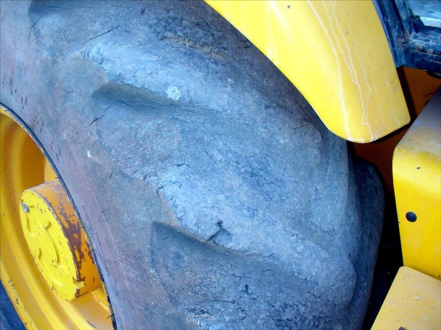 Tractopelle JCB 4x4 Godet Drop 2001 Tel : 0608066192 M. Pierre BASSAT
