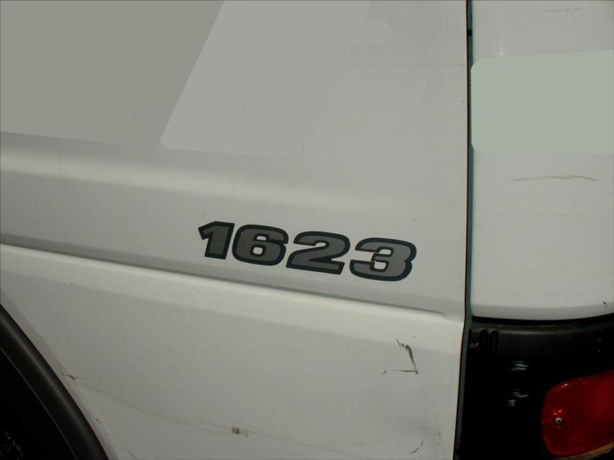 Camion Mercedes Ateco 1623 Benne Grue
