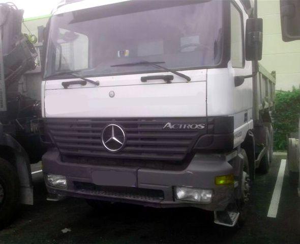 Camion 6x4 Mercedes Actros BiBenne 3335