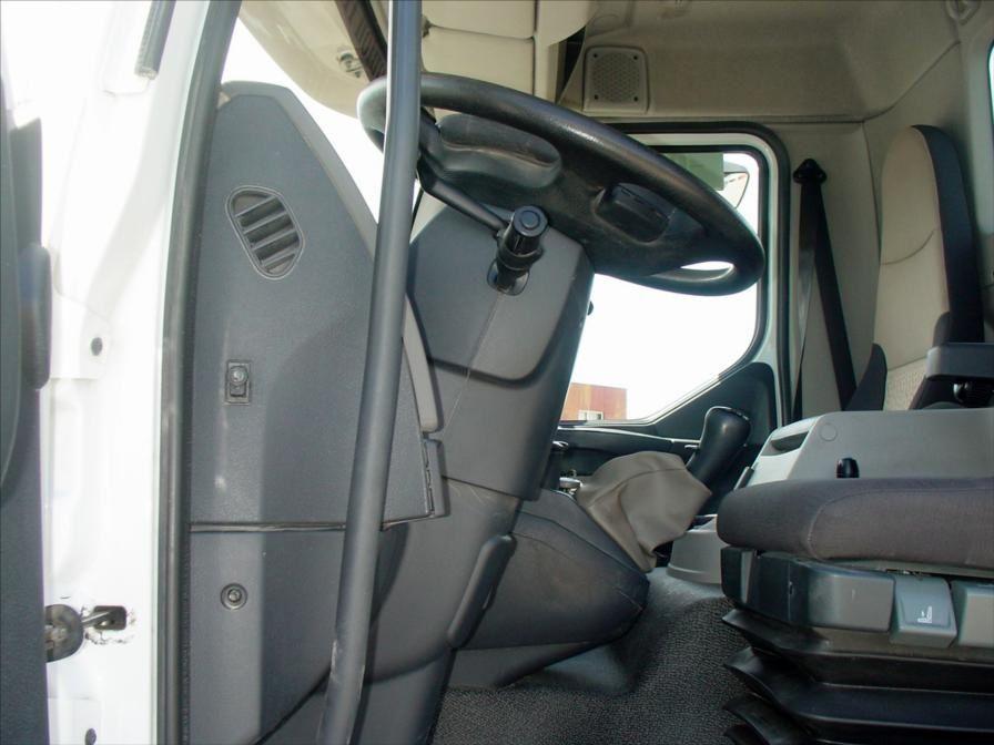Camion Empirolle Ampiroll Ampliroll MIDLUM 300 Renault RVI 18t 2011 ; Tel: 0608066192 M. BASSAT Pierre