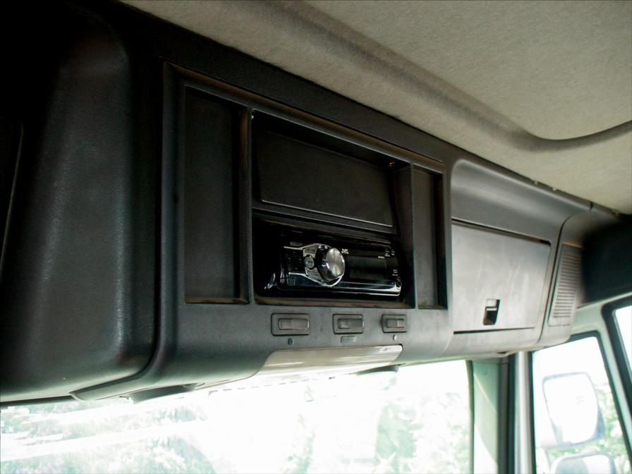 Camion Benne Grue Iveco Eurocargo E150E18