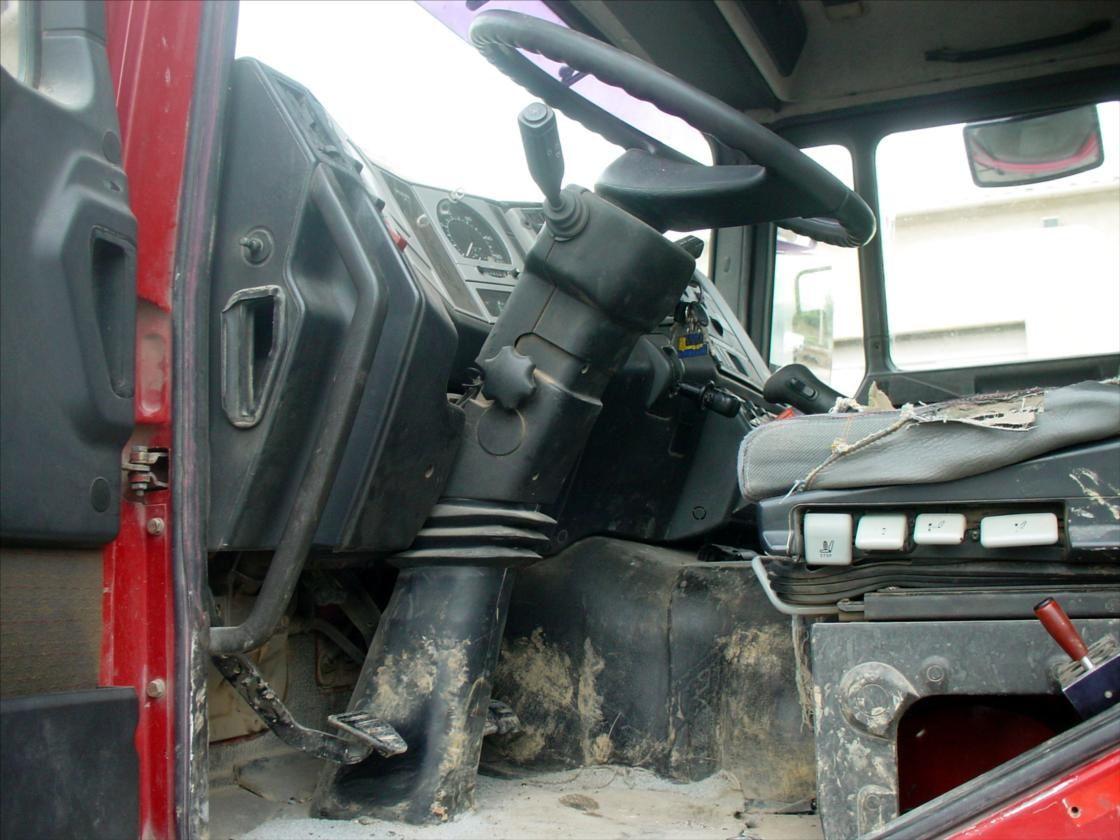 Camion 6x4 Bi Benne Hydraulique MAN 27-314 Grue Hiab