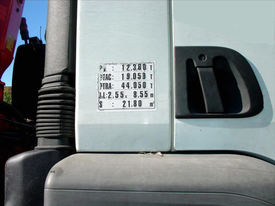 Camion KERAX 370 DCI 4x4 19t Plateau Grue FASSI