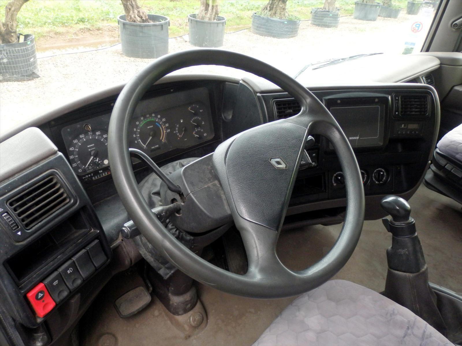 Camion AE 6x2 TOT MAGNUM 390 Porteur Renault RVI