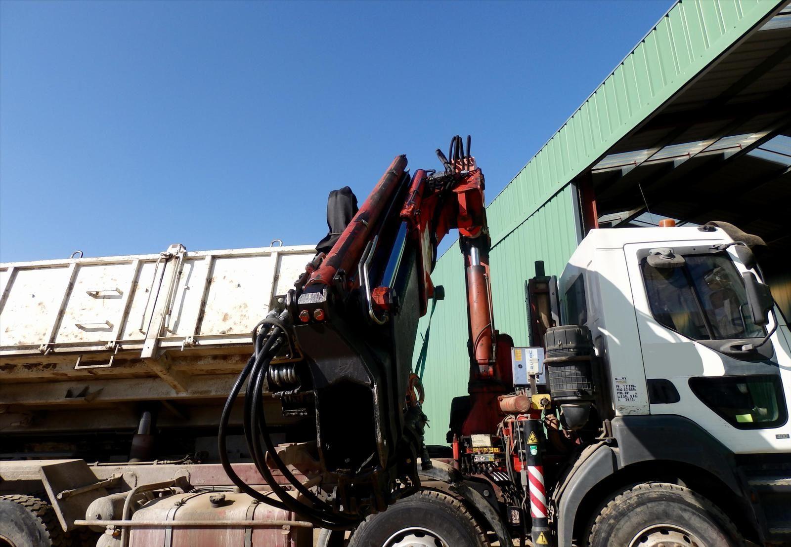 Camion 8x4 Kerax 400 Tribenne  Hydraulique Grue Tel : 0608066192 Pierre BASSAT TRANS.COMM.13