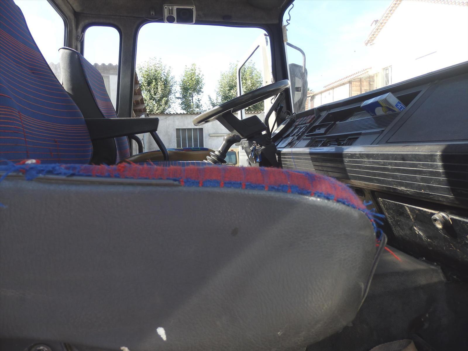 Camion RVI MIDLINER 170 Ampliroll Tel: 0608066192 Pierre BASSAT TRANSCOMM13
