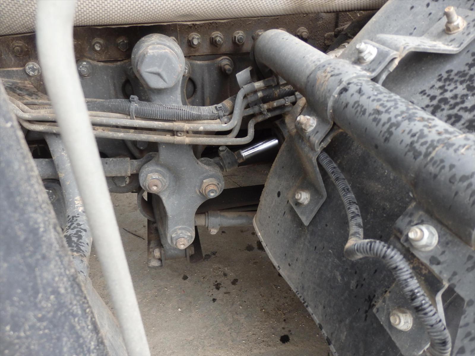 Camion Mercedes 32.41 AXOR Bras Ampliroll Grue Tel: 0608066192 TRANSCOMM13 Pierre BASSAT