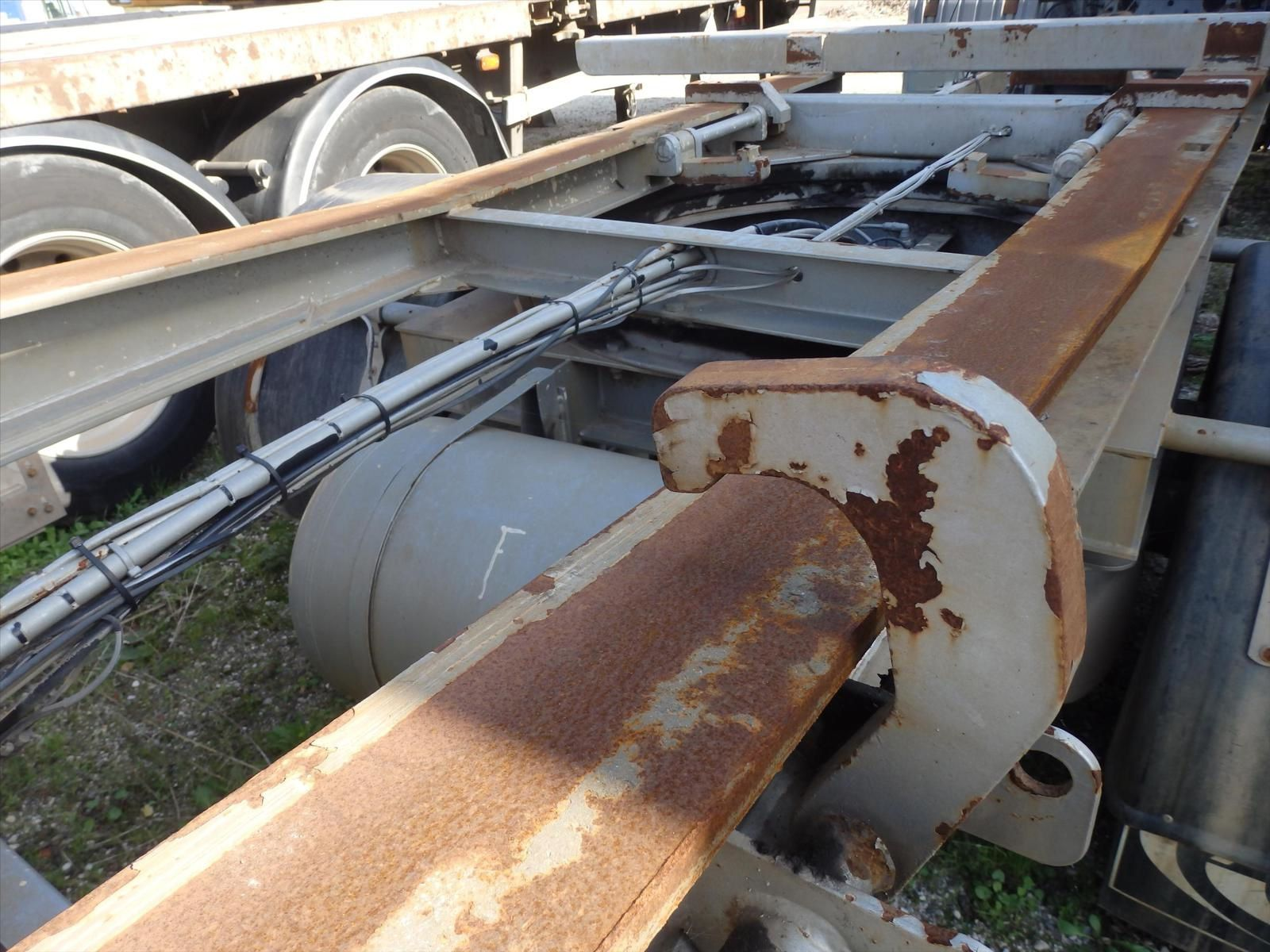 Remorque porte caisson Ampliroll Tel: 0608066192 Transcomm13 Pierre BASSAT
