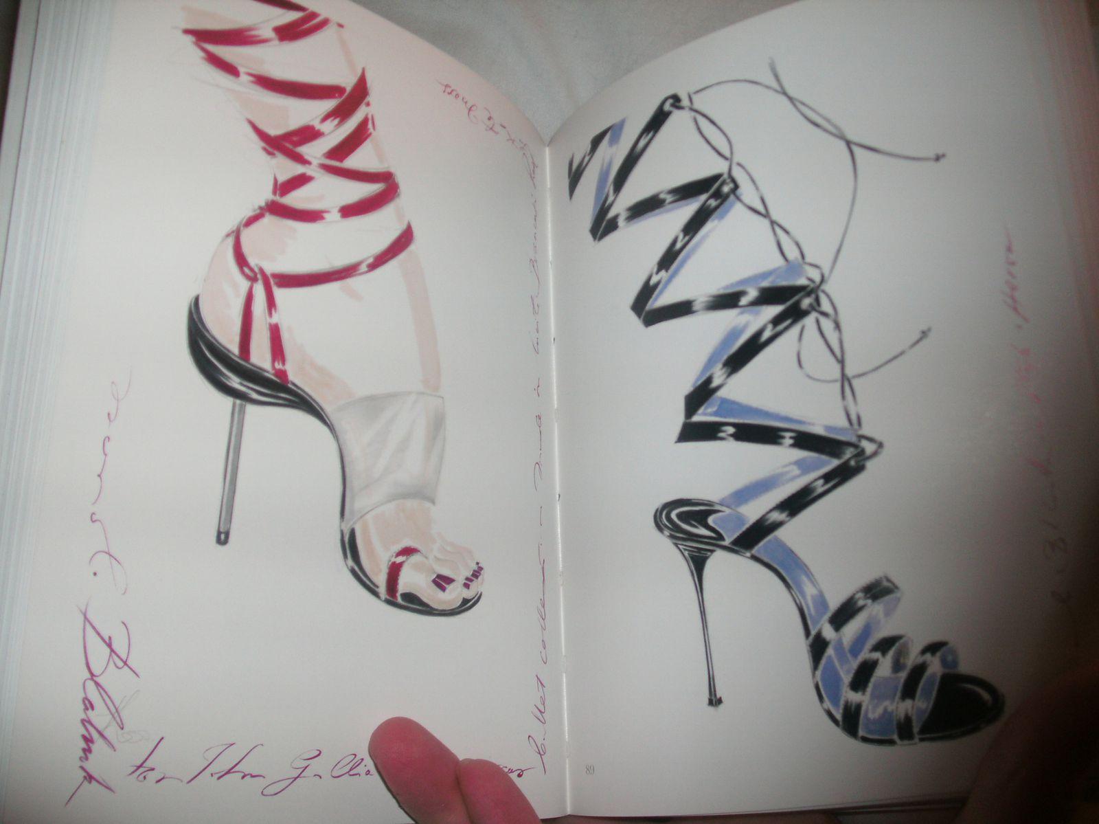 Chaussures sur papiers