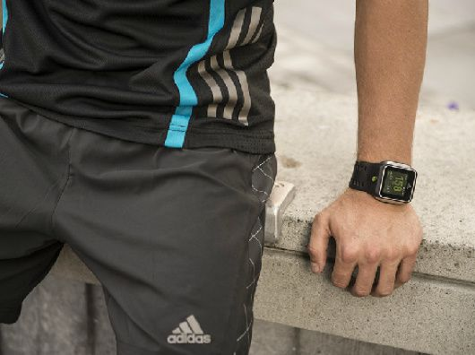 miCoach Smart Run, lo smartwatch di Adidas
