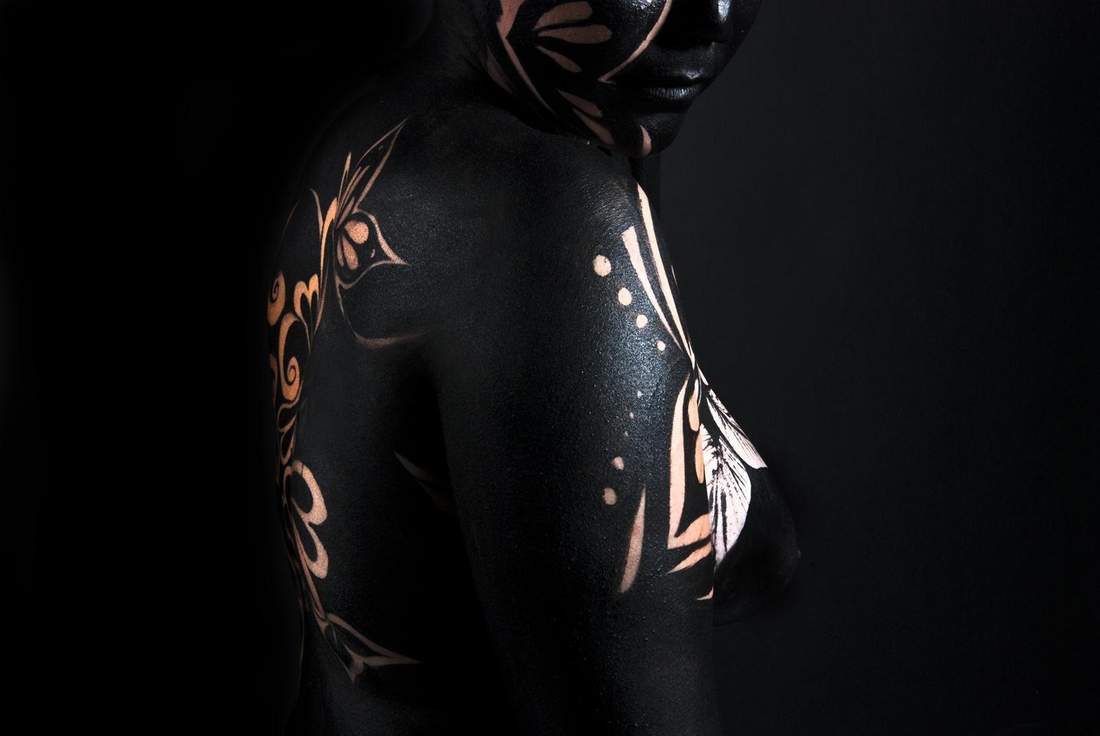 Body Painting Black & White