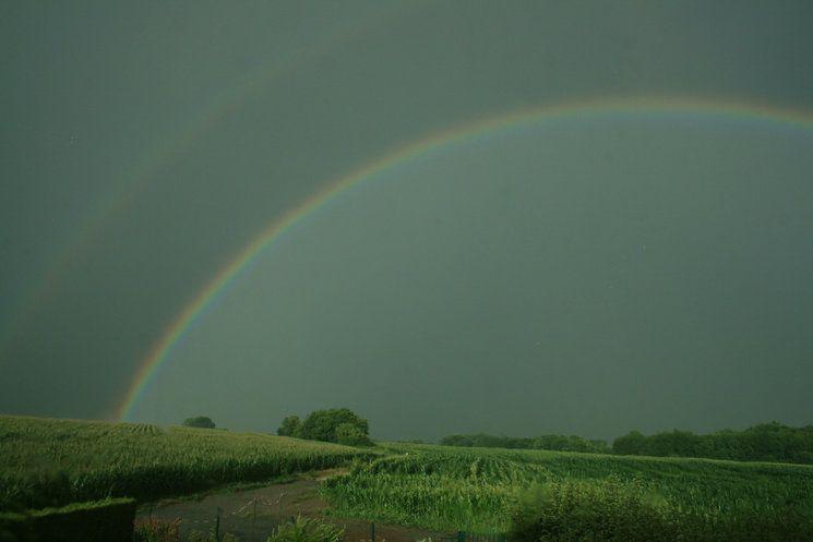 Arc-en-ciel  après l'orage en direction d 'Essigny-le-Petit