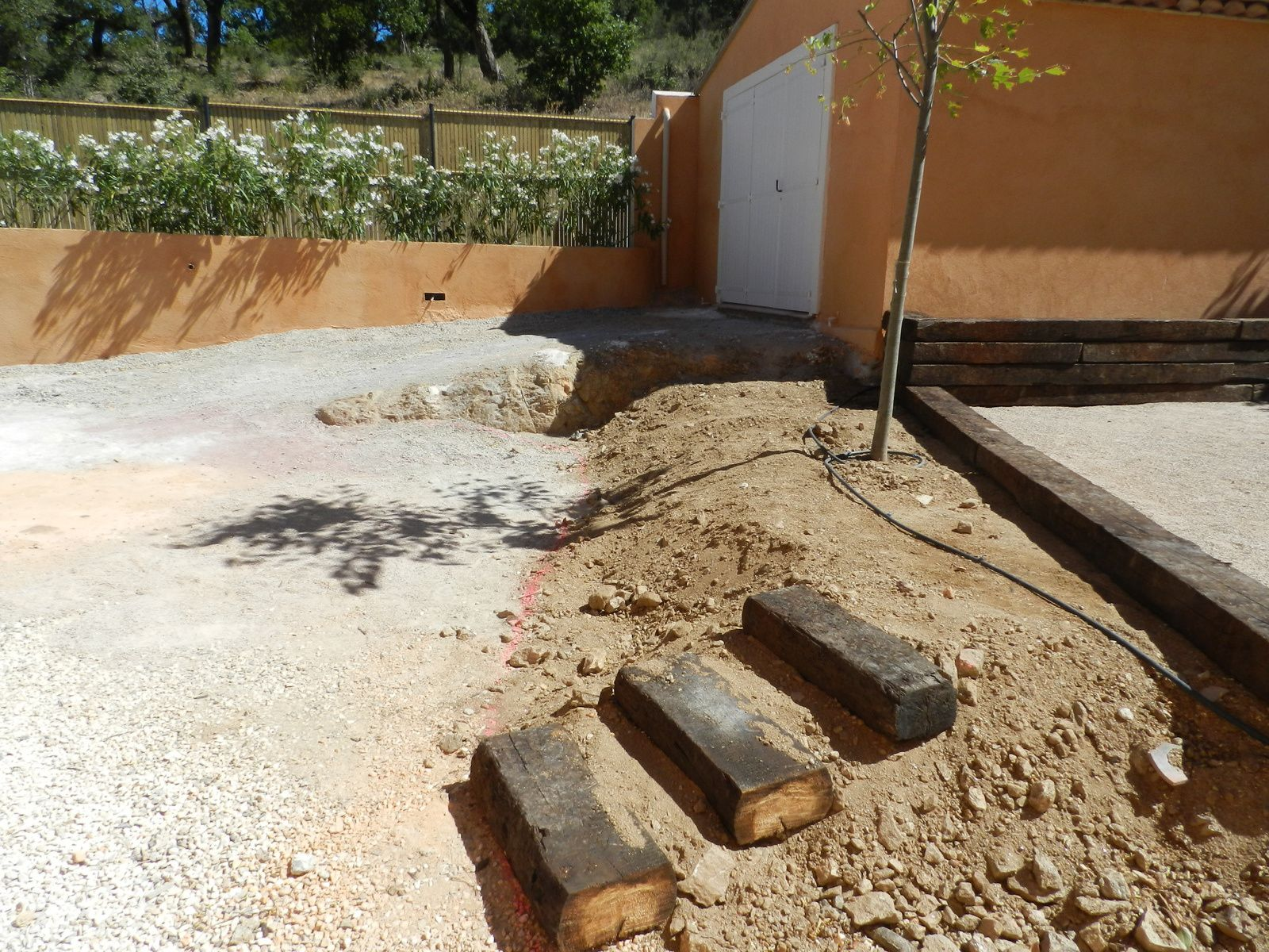 Am nagement d 39 un jardin grimaud for Amenagement d un jardin