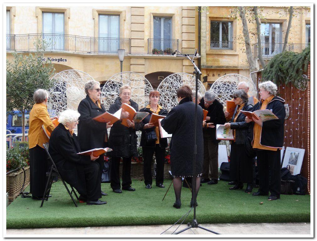 Nous avons chanté le 3 décembre à 15 h00 au Marché de Noël