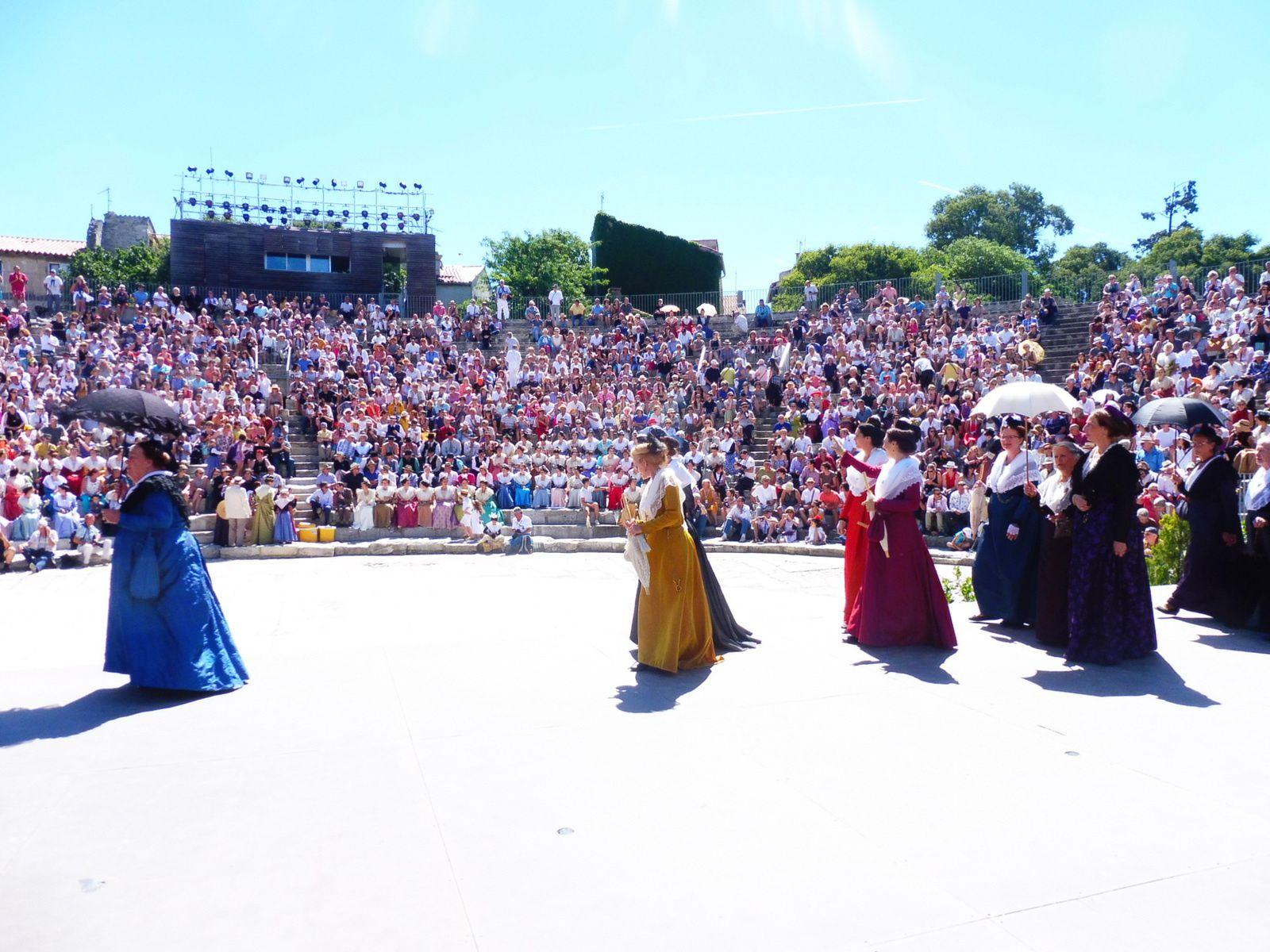 Fête du costume à Arles... Nous y étions.