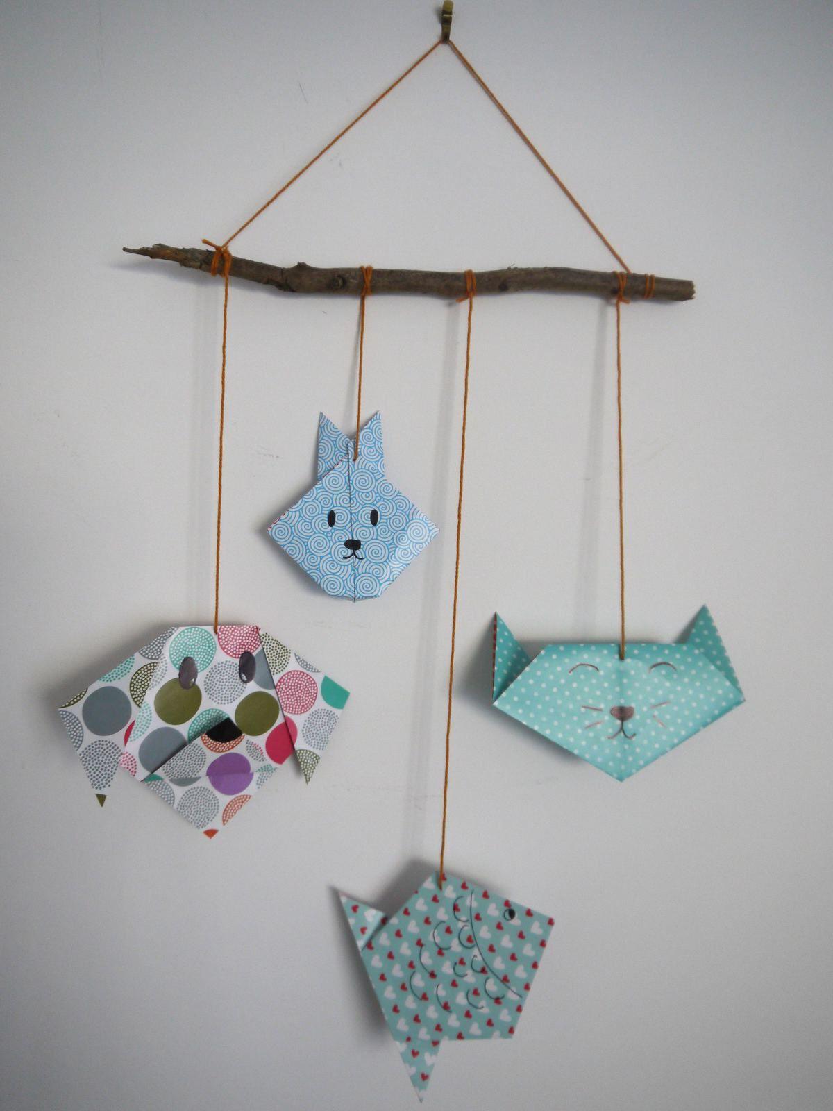 Mobile origami d'animaux pour la chambre de bébé - DIY