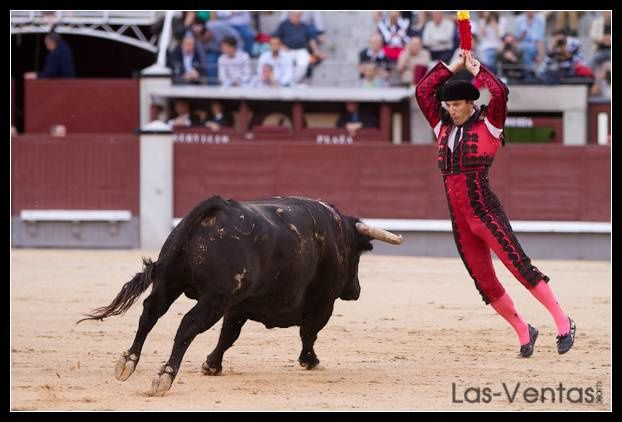 Miguel Martín, sensacional torero de plata.