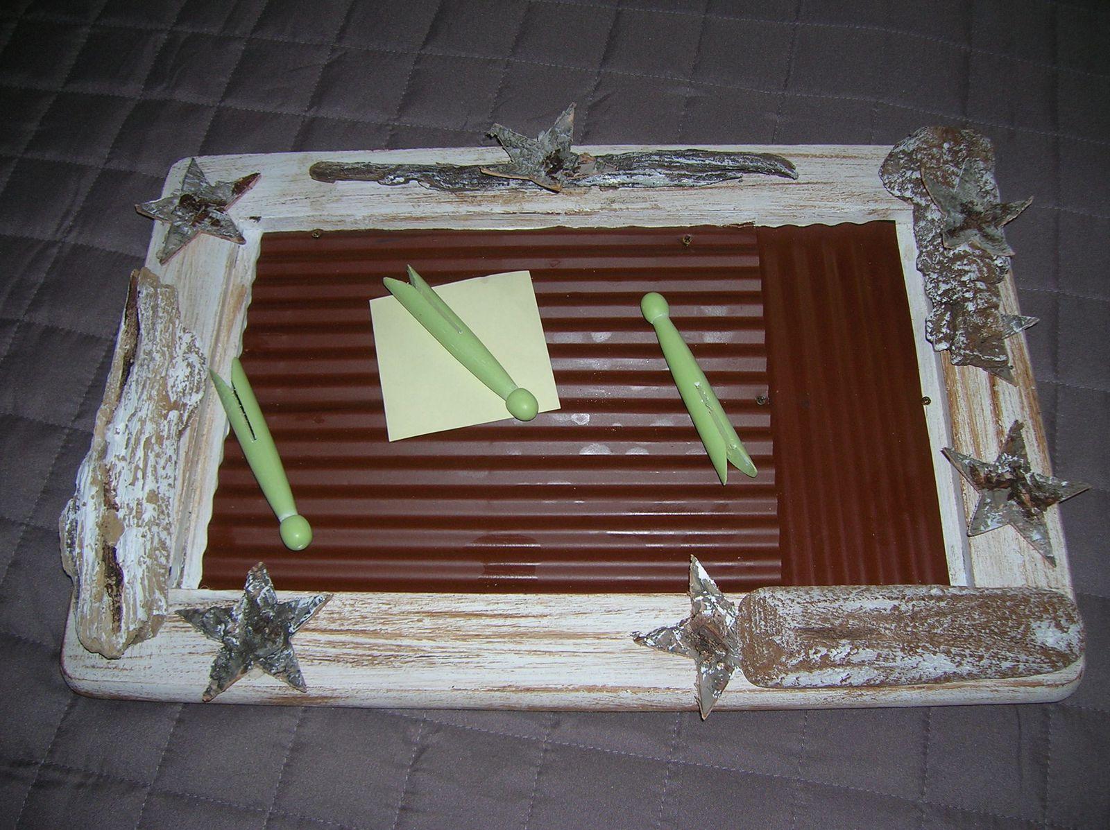 memo en bois peint fa on c rus et bois flott miroir. Black Bedroom Furniture Sets. Home Design Ideas