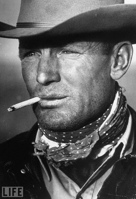 8. «The Marlboro Man». Photo by Leonard McCombe, 1949 39-year-old Texas cowboy Clarence Hailey, whose image was later used to advertise cigarettes.