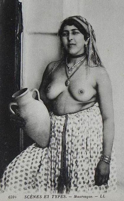 Photos érotiques de femmes arabes ou berbères début 20th siècle