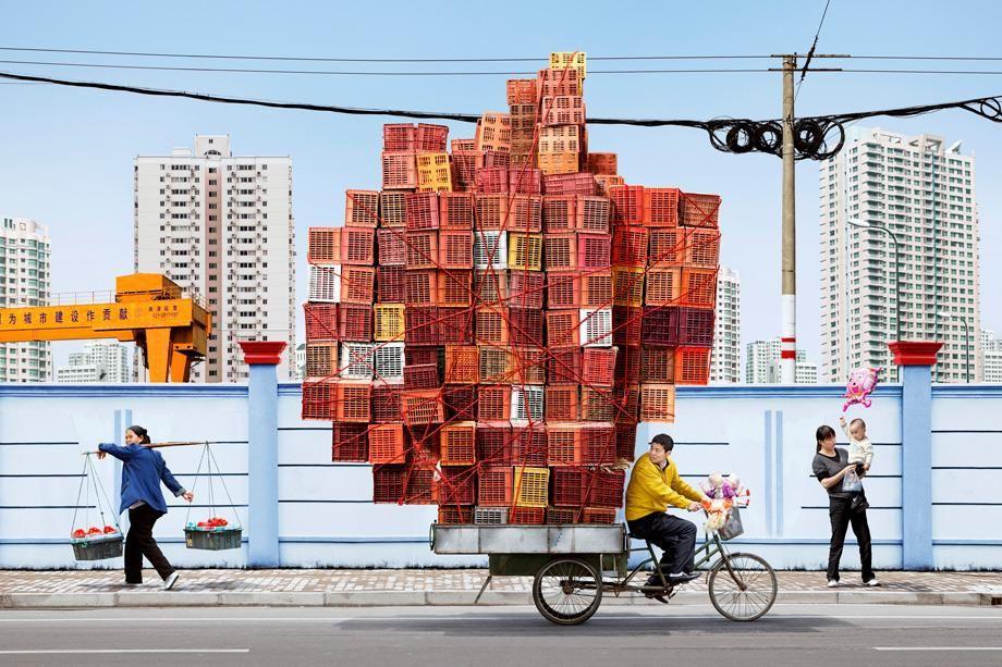 Les incroyables colporteurs équilibristes à bicyclette, en Chine (10 photos)