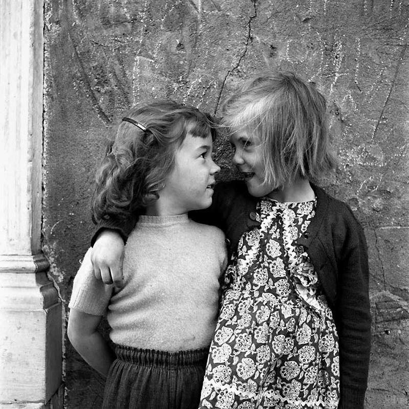L'histoire incroyable de la photographe Vivian Maier, talent et discrétion : 31 photos et une video