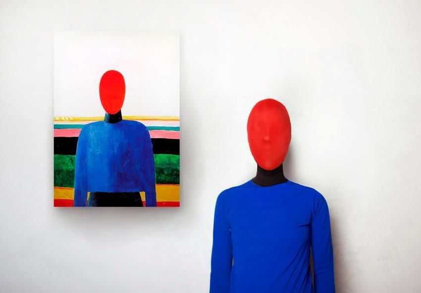 Photographer Imagines What the Models of Abstract Paintings Looked Like