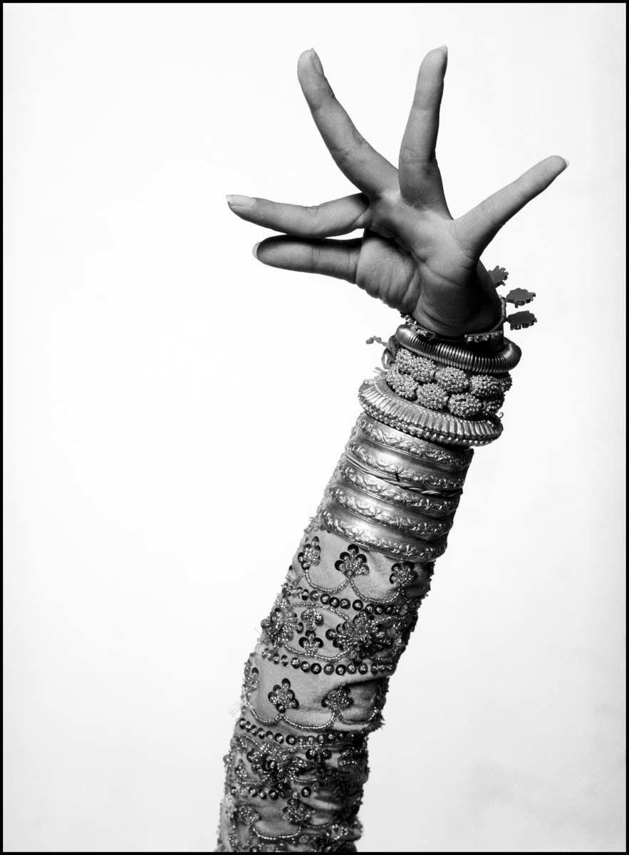 « Une femme sans grâce est un appât sans hameçon. » (Julie de Lespinasse)