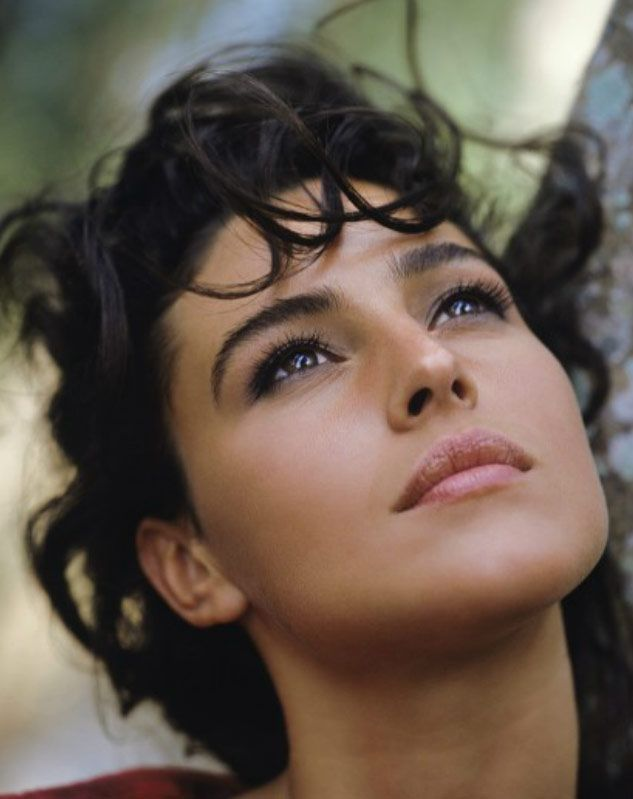 Monica Bellucci , Portrait