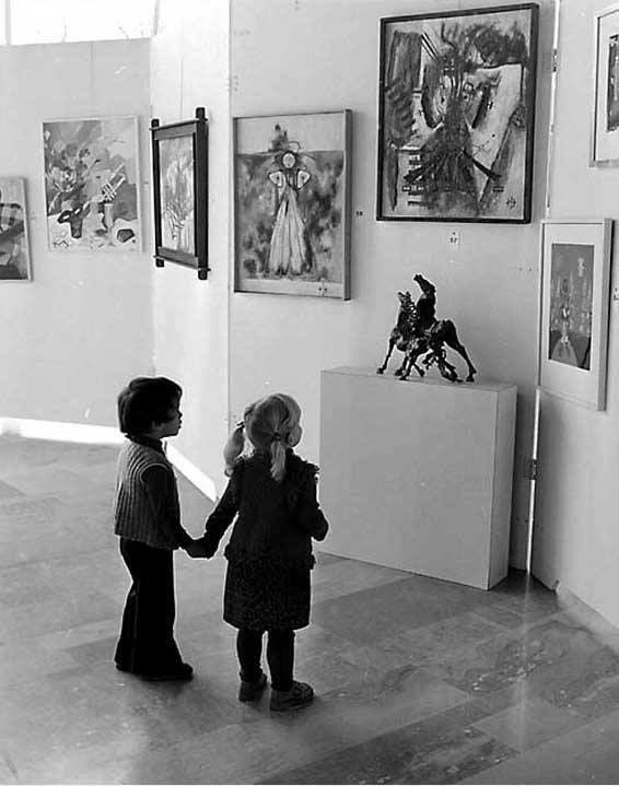 Artplay (by Gérald Bloncourt, Banlieue de Paris, 1965)
