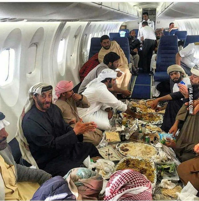 The last couscous party before crashing.. #Daesh