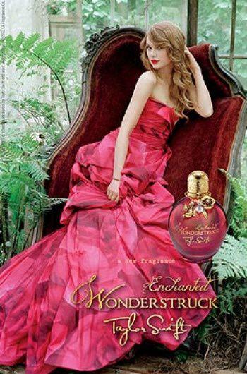 """Werbeplakat zu Taylors zweitem Parfum """"Enchanted Wonderstruck"""""""