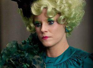 Elizabeth Banks als Effie Trinket