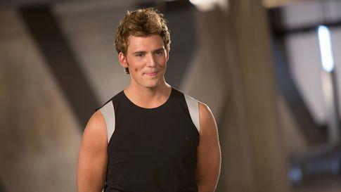 Finnick Odair aus Distrikt 4 ist einer von Katniss' und Peetas Verbündeten, Finnick wird gespielt von Sam Claflin