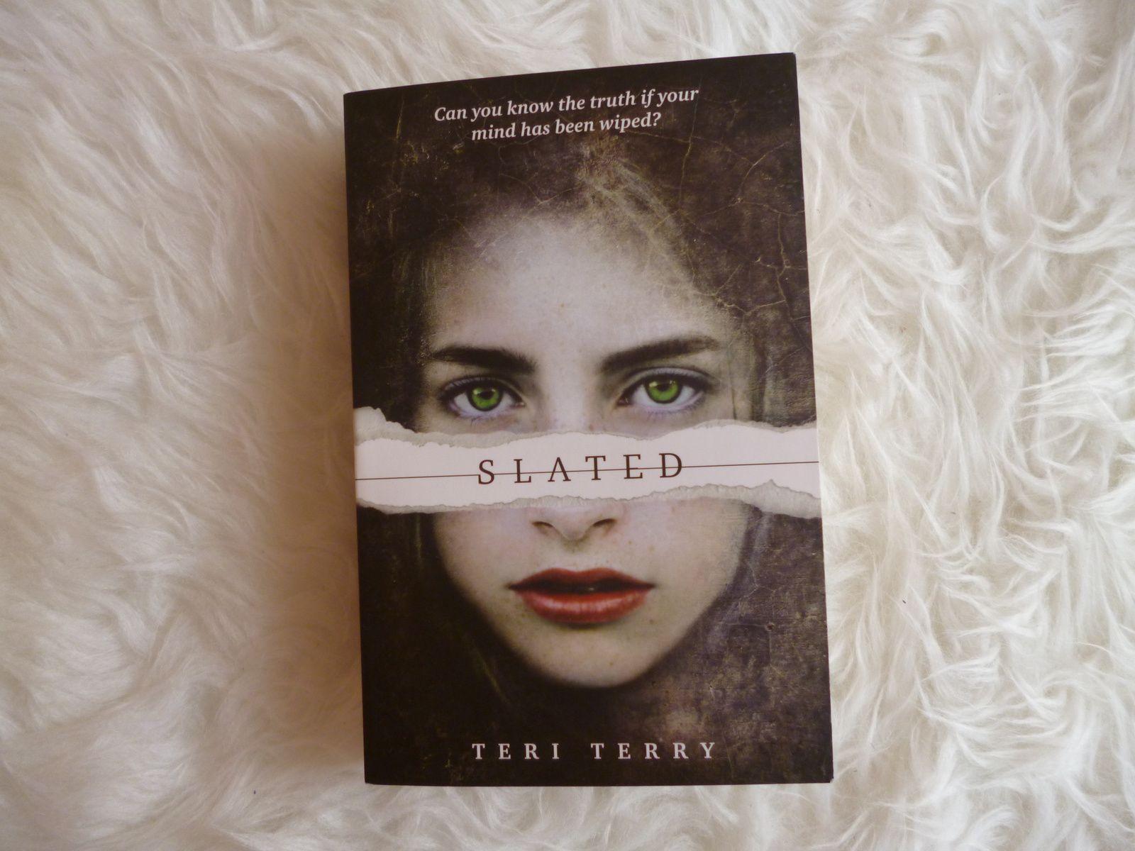 Buchbewertung: 'Slated' (Trilogie)